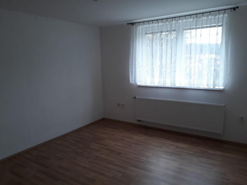 Pronájem bytu 1+1 Pozlovice - PRONAJATO